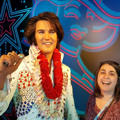 I can't resist a wax museum and Madame Tussauds Orlando had me 'all shook up'